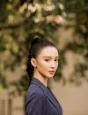 """金晨惬意亮相米兰时装周 秀场""""变装""""玩转西装型格"""