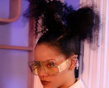 蕾哈娜颠覆奢侈品 新品牌为LVMH创造更多第一次